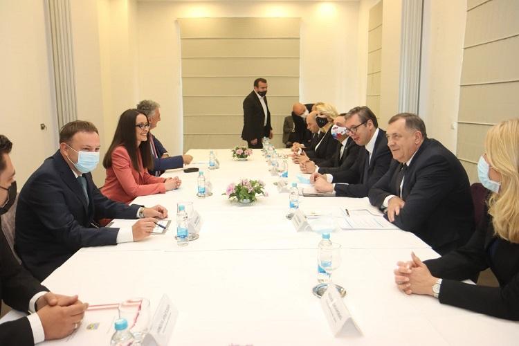 Састанак са начелницима Костајнице, Козарске Дубице, Невесиња и Дрвара