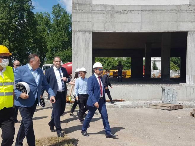 Додик у Добоју са Јеринићем; Обишао радове на изградњи нове болнице